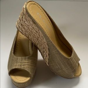 Date Night Slide Wedge by Laundry